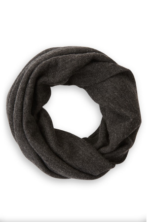 charcoal-grey-neck-gaite